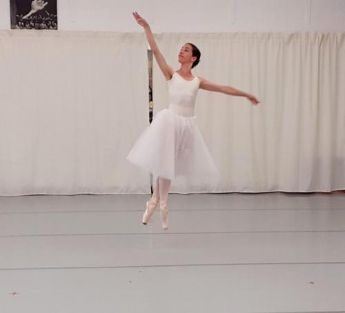 Danseuse classique- avancée-spectacle 2021