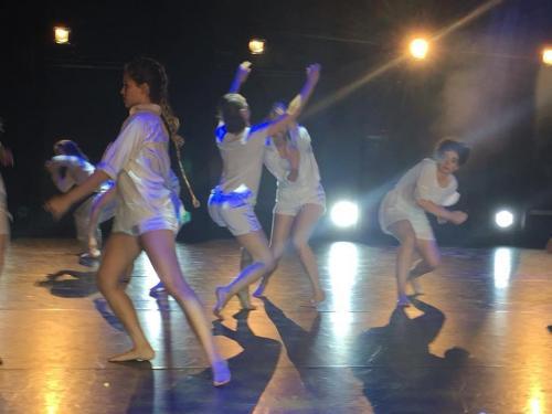 danse contemporaine-Spectacle